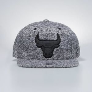 Czapka Mitchell & Ness snapbeck Chicago Bulls black Ease