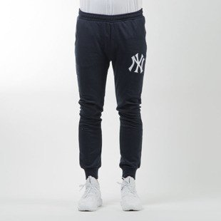 Majestic Athletic spodnie dresowe Renod Basic Slim Jogger  New York Yankees navy MNY2370NL