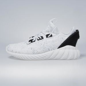 Sneakers buty Adidas Originals Tubular Doom Sock Primeknit footwear white / core black BY3558