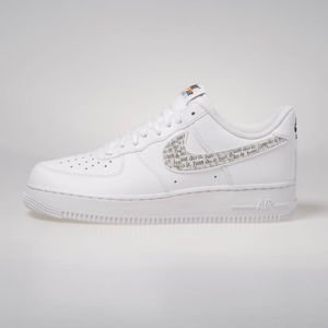 Sneakers buty Nike Air Force 1 '07 LV8 JDI LNTC white/white-black-total orange (BQ5361-100)