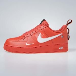 Sneakers buty Nike Air Force 1 '07 LV8 Untility team orange / white-black (AJ7747-800)