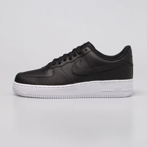 Sneakers buty Nike Air Force 1 '07 black / black-white (AA4083-015)
