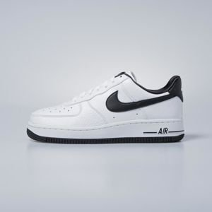 Sneakers buty Nike WMNS Air Force 1 '07 SE white / black - white - black AA0287-100