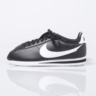 Sneakers buty Nike WMNS Classic Cortez Leather black / white (807471-010)