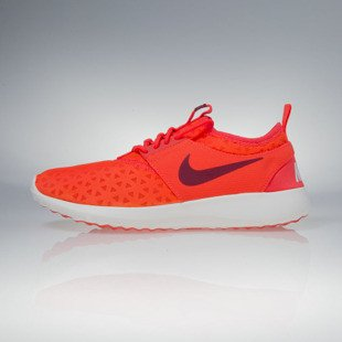 Sneakers buty Nike WMNS Juvenate bright crimson / noble red-sail (724979-604)