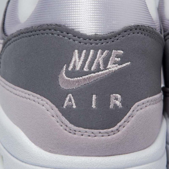 new style e753d c0f02 ... Buty damskie Nike Air Max 1 vast grey  particle rose 319986-032 ...