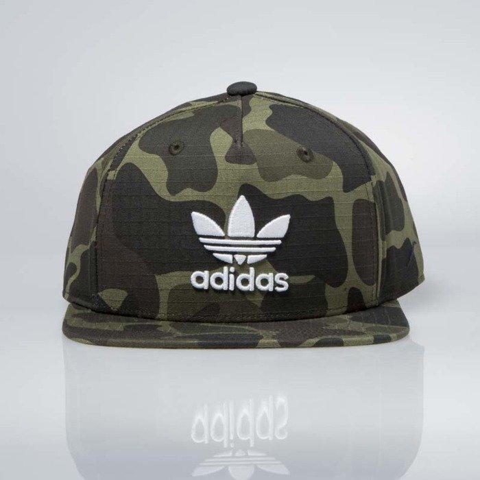 0017c739b ... Czapka snapback Adidas Originals Snapback Cap camo (BK7497) ...
