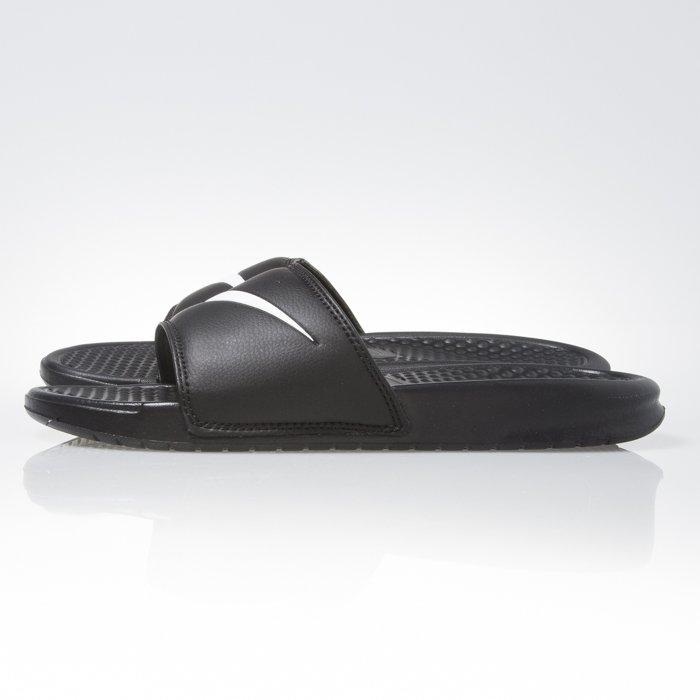 9c14525c768f ... Klapki Nike Benassi Swoosh black   white (312618-011) ...