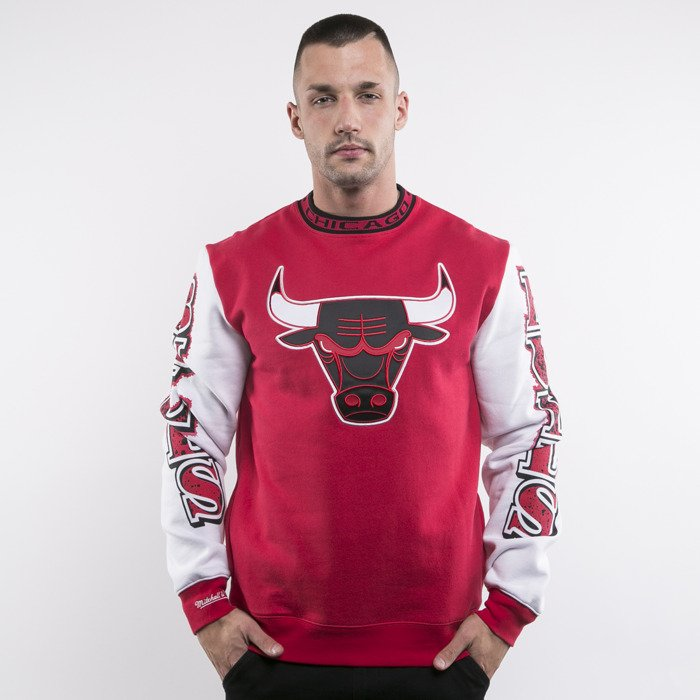 ... Mitchell   Ness bluza Chicago Bulls crewneck red Excessive Celebration  ... 83f0fbf60bd3