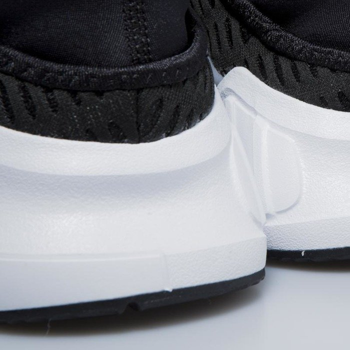 sale retailer 3a7c9 8fe23 adidas originals climacool 02 17 sneakers in black