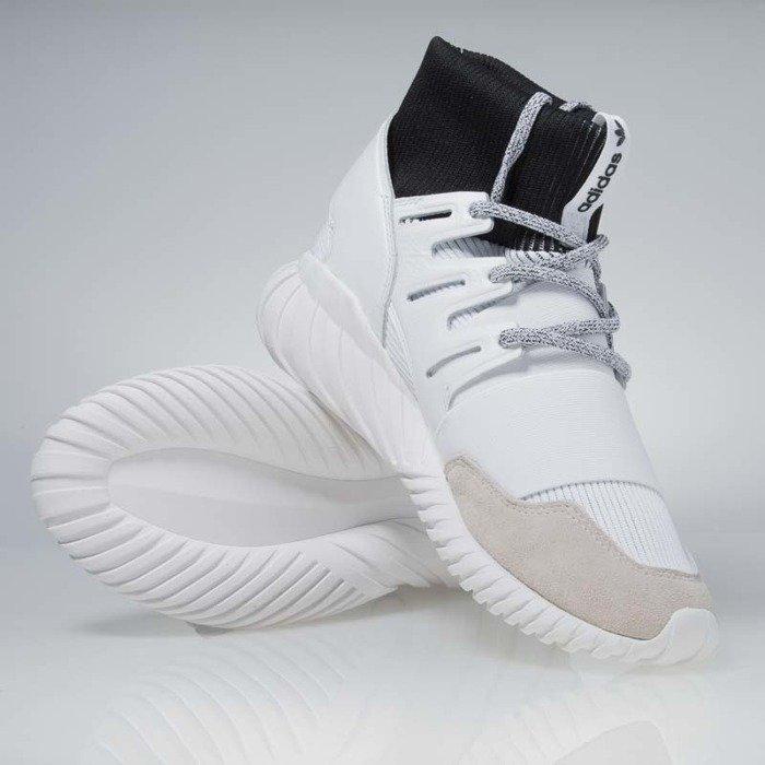 size 40 f09bb b9ed7 Sneakers buty Adidas Originals Tubular DOOM white / white - black (BA7554)