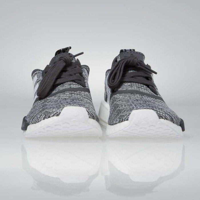 Sneakers buty Adidas Originals WMNS NMD_R1 utility black footwear white medium grey BY3035