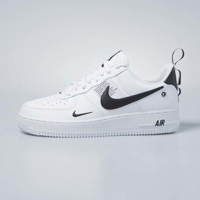 Nike Air Force 1 Low '07 LV8 BlackSummit White Gum