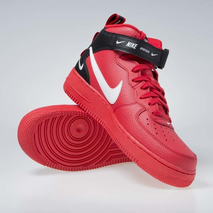 Sneakers buty Nike Air Force 1 Mid '07 LV8 university red white black (804609 605)