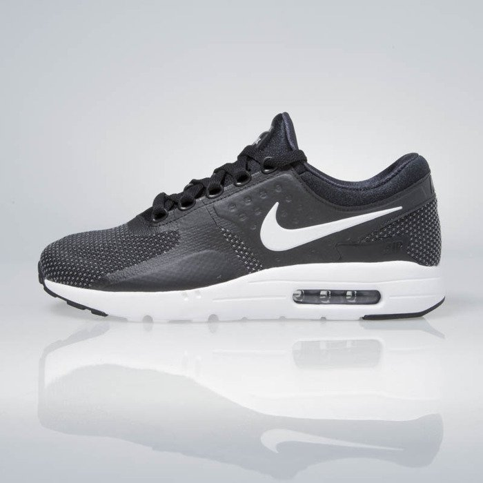 nike air max zero essential black white