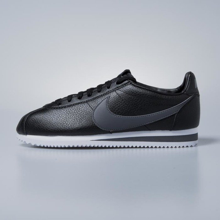 cd93a9697de8a4 ... Sneakers buty Nike Classic Cortez Leather black / dark grey - white  749571-011 ...