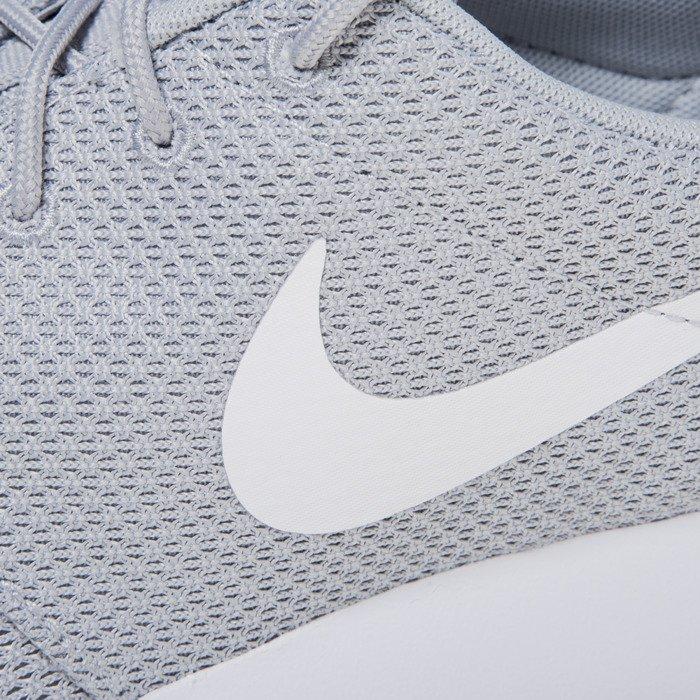 ... Sneakers buty Nike Roshe One wolf grey / white (511881-023) ...