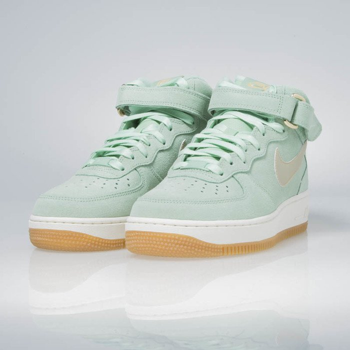 Nike W Air Force 1 07 Mid Seasonal