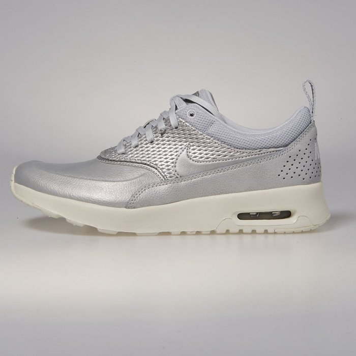 Sneakers buty Nike WMNS Air Max Thea Premium Leather metallic platinum pure platinum 904500 004
