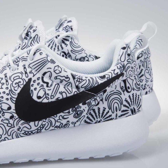 Boots NIKE Wmns Nike Roshe One Print Prem 749986 100 White