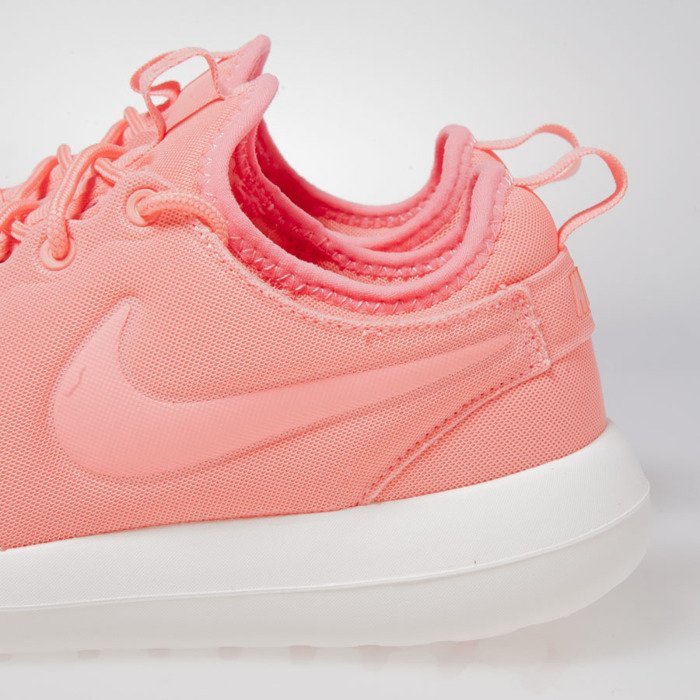 factory price c1c29 4263e ... Sneakers buty Nike WMNS Roshe Two atomic pink (844931-600) ...
