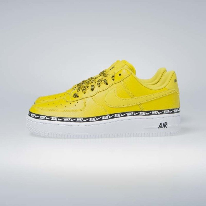 Sneakers buty damskie Nike Air Force 1 '07 SE PRM bright citron (AH6827 700)