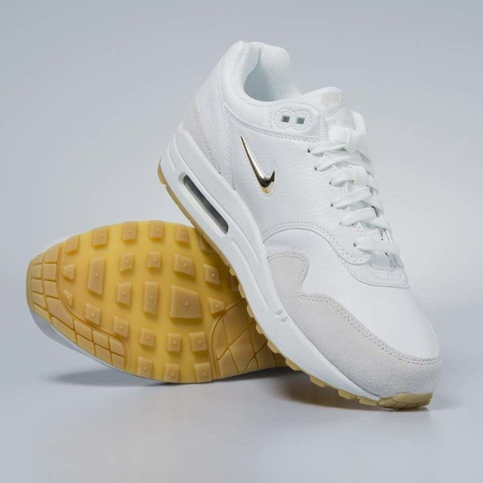 on sale 4cadc 7066c ... Sneakers buty damskie Nike Air Max 1 Premium SC summit white   metallic  gold star AA0512 ...