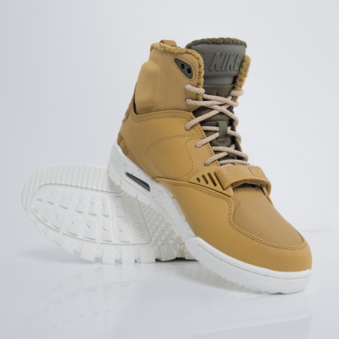 new styles 2581d 2f022 ... Sneakers buty zimowe Nike Air Trainer SC 2 Boot wheat  darl loden -  sail ...