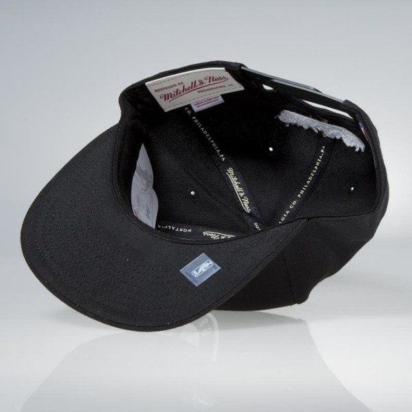 Czapka Mitchell & Ness snapback Brooklyn Nets black Dark Hologram
