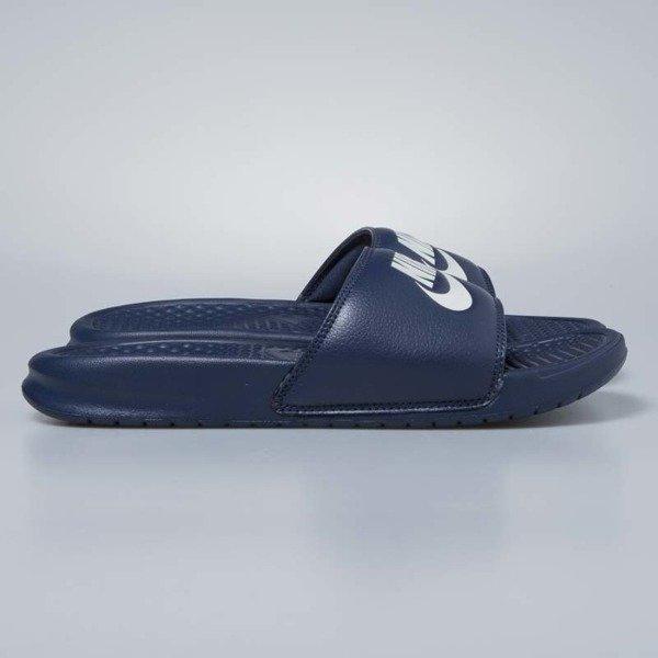 eba5c0a33b84 ... Klapki Nike Benassi JDI midnight navy   windchill 343880-403 ...