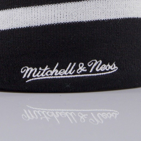 Mitchell & Ness czapka Brooklyn Nets black Boost Team Color Long KL81Z