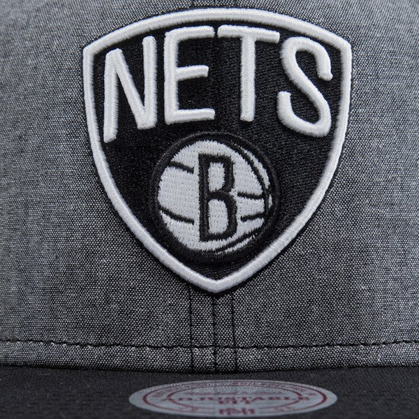 Mitchell & Ness czapka snapback Brooklyn Nets heather black EU362 ISLES
