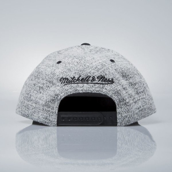 Mitchell & Ness czapka snapback Chicago Bulls grey heather / black EU957 GREY DUSTER