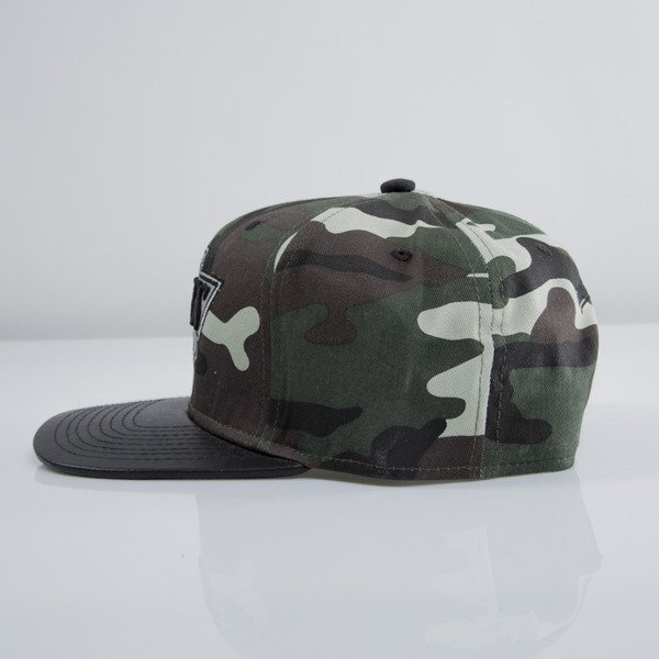 Mitchell & Ness czapka snapback Los Angeles Kings woodland camo EU233