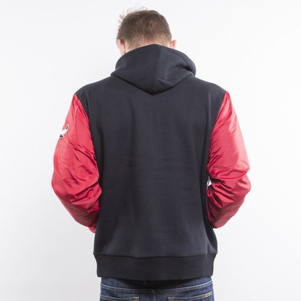 Mitchell & Ness kurtka Skill Position Jacket Chicago Bulls black / red