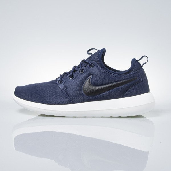 Sneakers buty Nike Roshe Two midnight navy / black (844656-400)